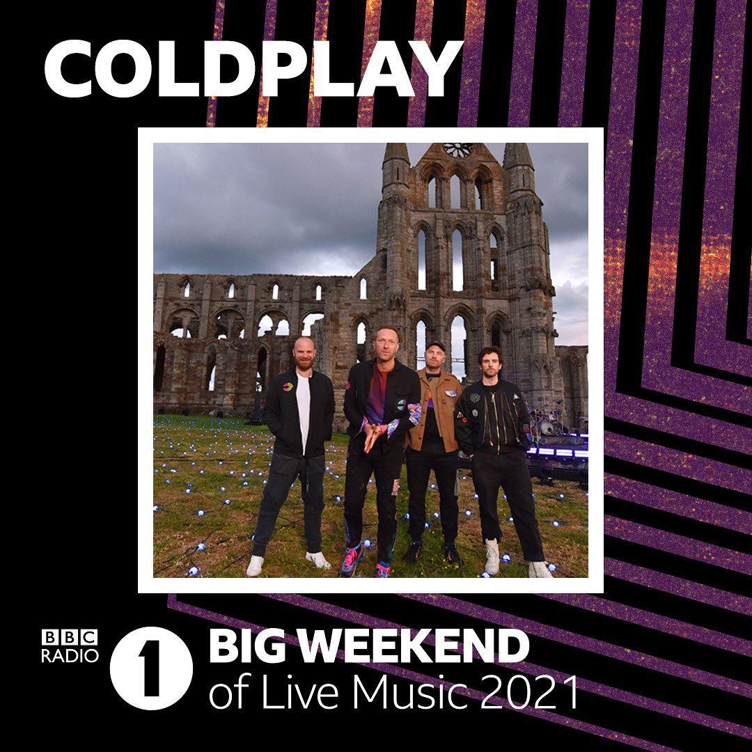 """Réalisation d'un vidéo mapping pour le Big Week-End of live Music 2021 pour la chanson """"A sky full of stars"""" de Coldplay, tête de l'affiche et du concert."""